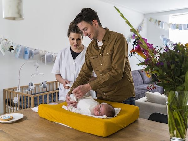 Arons-Zorg-werken-bij-vacatures-verzorgende-verpleegkundige-carrousel-11